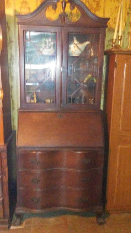 1800 Era Antique China Cabinet.