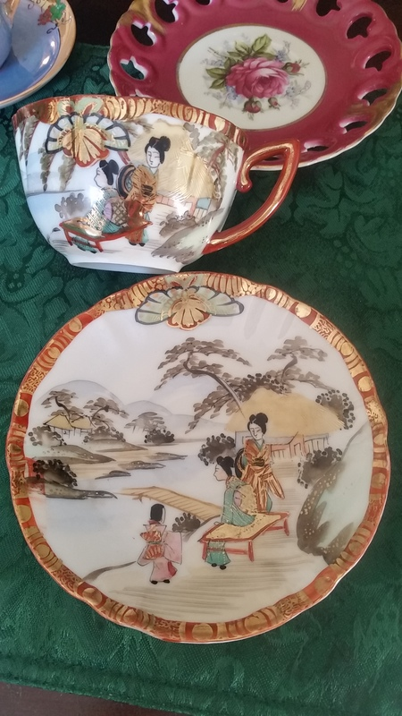 Japanese antique china value