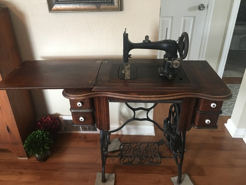 Antique Domestic Sewing Machine Fascinating Antique Domestic Sewing Machine