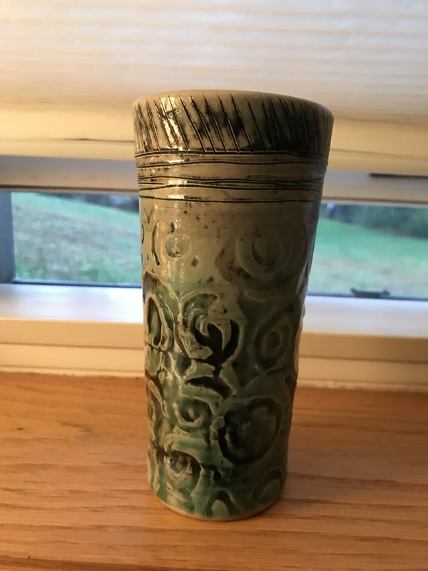 Antique heavy ceramic ?tumbler/drinking vessel
