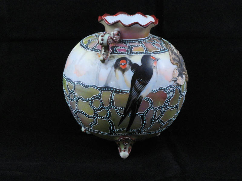 Moriage Nippon Vase With Birds