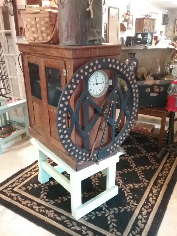 1911 I.B.M punch time clock