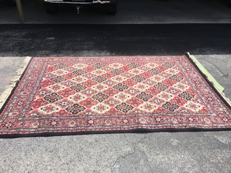 Hi quality floor rug