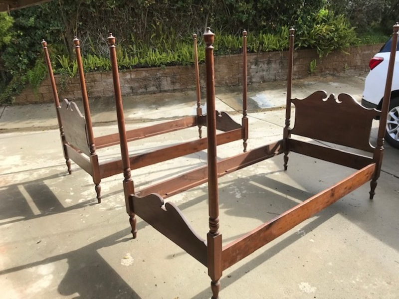 antique mohogany twin 4 poster beds